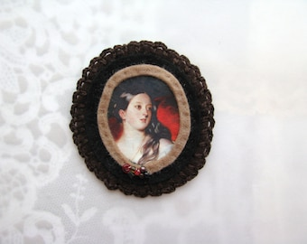 brown and red brooch - handmade felt brooch - portrait brooch - dark brown and black victorian brooch - victorian style brooch