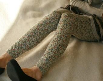 CLEARANCE SALE - Vintage style dainty flower cotton leggings
