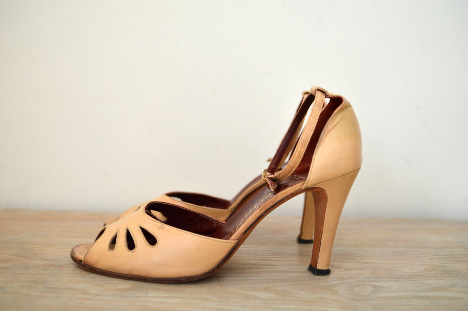 Vintage High Heels Leather Sandals