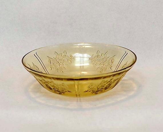 "Vintage Depression Glass Amber 8.5"" SERVING BERRY BOWL.. Sharon Cabbage Rose Federal Glass Co. 1935-39"