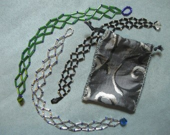 Beadwork Lattice Bracelet with Bead-Loop Clasp