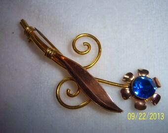 1940s Blue Van Dell Gold Filled Floral Brooch