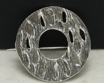 A000012 Sterling Silver  Brooch Circle 925 Stylish