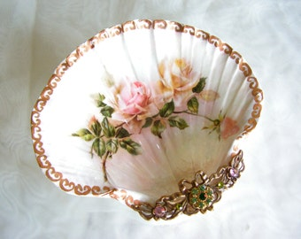 Jewelry Dish,  Ring Dish, Roses Medium Shell Jewelry Dish