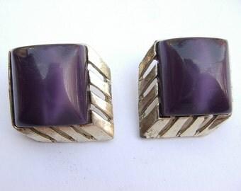 Vintage purple clip on earrings, purple and gold earrings, art deco earrings, lucite plastic jewelry, purple wedding jewelry,