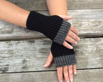 Fingerless gloves, Knit Gloves,  Hand Warmers, Texting Gloves, Wrist warmers, black and grey