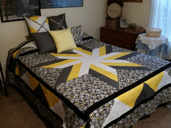 Black And Yellow Comforter Queen: Black And Yellow Queen Quilt. Star Pattern By