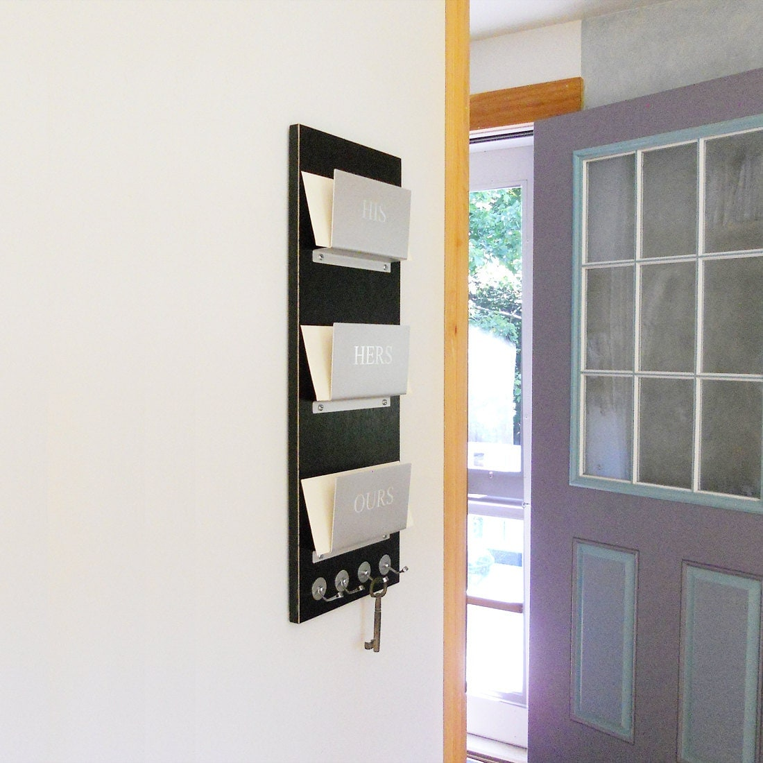 FAMILY MAIL ORGANIZER: Wall Mount Mail Holder Customizable Engraving For  Everyone, Perfect For Anniversaries