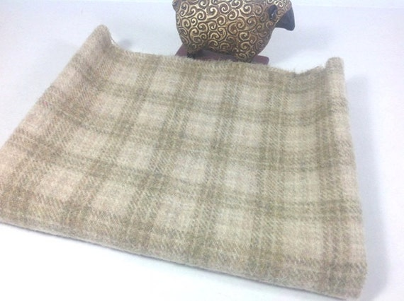 Natural and Tan Plaid, Mill Dyed Wool Fabric for Rug Hooking and Applique, Fat Quarter Yard, J442,  Light Khaki Plaid