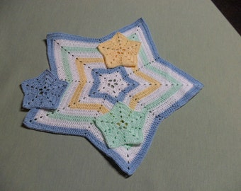 Crocheted Star Doily with three little stars in Pastels