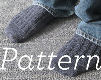 Knit Socks Pattern // Men's simple ribbed sock pdf pattern