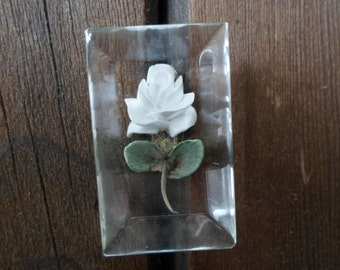 Vintage Lucite Reverse Carved White Rose Green Leaves 1950s Pin Brooch Flower