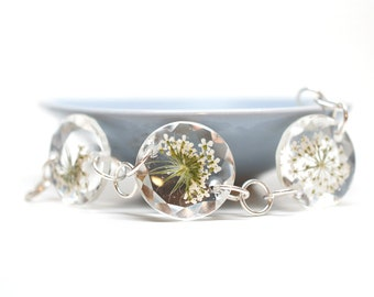 Queen Anne's Lace flower on faceted crystal linked bracelet - white gold plated silver - real pressed flower