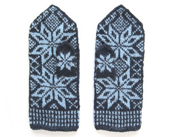 Ice Queen Cool Nordic Star Mittens. Size L/M.