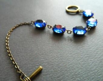 Sapphire Jewel Bracelet, Blue Art Deco Bracelet, Blue Vintage Jewelry, Dainty Sapphire Bracelet, Blue Rhinestone Bracelet, Art Deco Jewelry