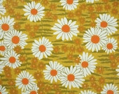 Retro Wallpaper by the Yard 70s Vintage Wallpaper - 1970s White and Orange Daisies on Green and Yellow