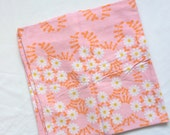 Vintage retro floral pillowcase