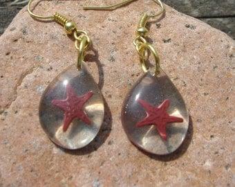 Starfish teardrop earrings