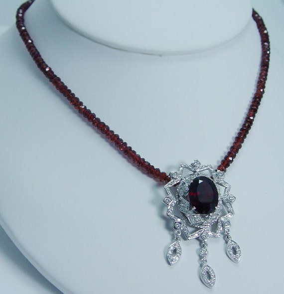 Designer Jewelry Doris Panos 18K Gold Garnet Diamonds Necklace
