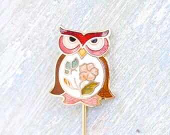 Angry Owl - Art Nouveau Stick Pin