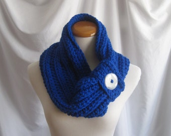 Cowl Button Chunky Bulky Crochet Cowl:  Electric Royal Blue