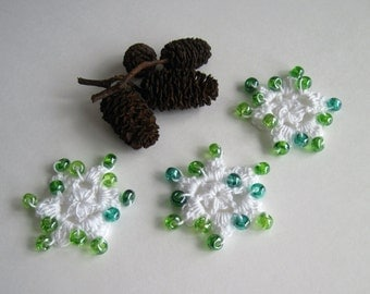 3 Crochet Beaded Flowers Mini - White with Green Glass Beads - Set of 3