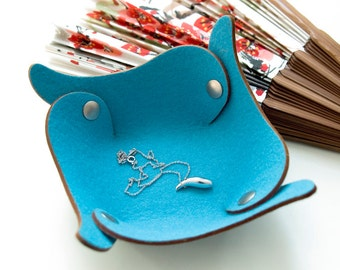 Wings - 100% wool felt organizer, turquoise (travel valet tray, catch all, bowl)