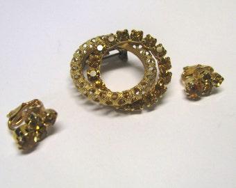 Vintage Filigree Golden Topaz Citrine Jewelry Set, Golden Citrine Rhinestone Brooch & Non Pierced Clip on Earring Set, Scarf Brooch