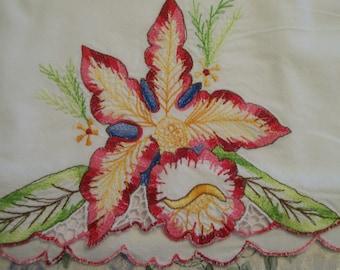 Embroidery Vintage Pillowcase with Iris Single Pillow Case