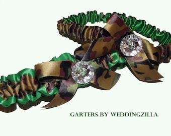 Camo Wedding/ Hunters Camo Wedding Garter/ Camouflage Garter/ Camo Bridal Garter Belt