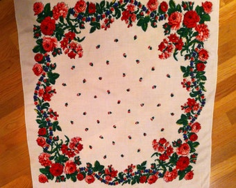 Vintage Ladies Scarf or Shawl Red Roses Design
