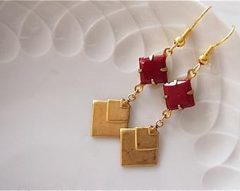 RAFFAELA - geometric,earrings,brass,gold,vintage,80's,cube,arrow,dark,red,rhinestone