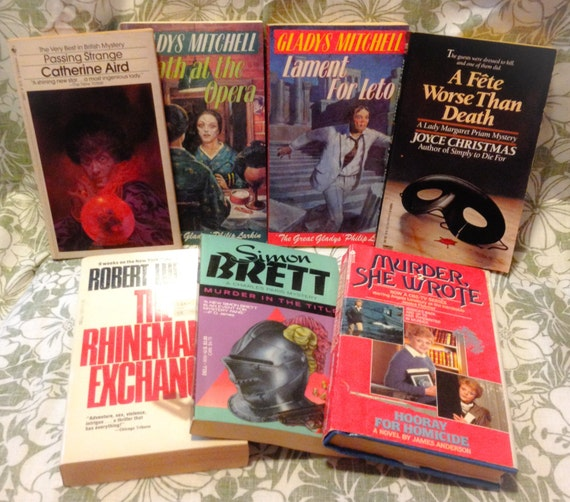 Lot of 5 Catherine Aird Books( The Very Best in British Mystery)