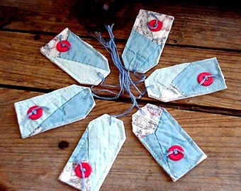 Quilted Patchwork Tags Vintage Old Quilt Fabric Gift Tags Prim Cutter Quilt Hang Tags Place Setting Favor Tags itsyourcountry