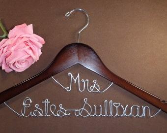 Hanger Mrs on Top for your wedding pictures, Personalized custom bridal hanger, brides hanger, Bridal Hanger, Wedding hanger, Bridal