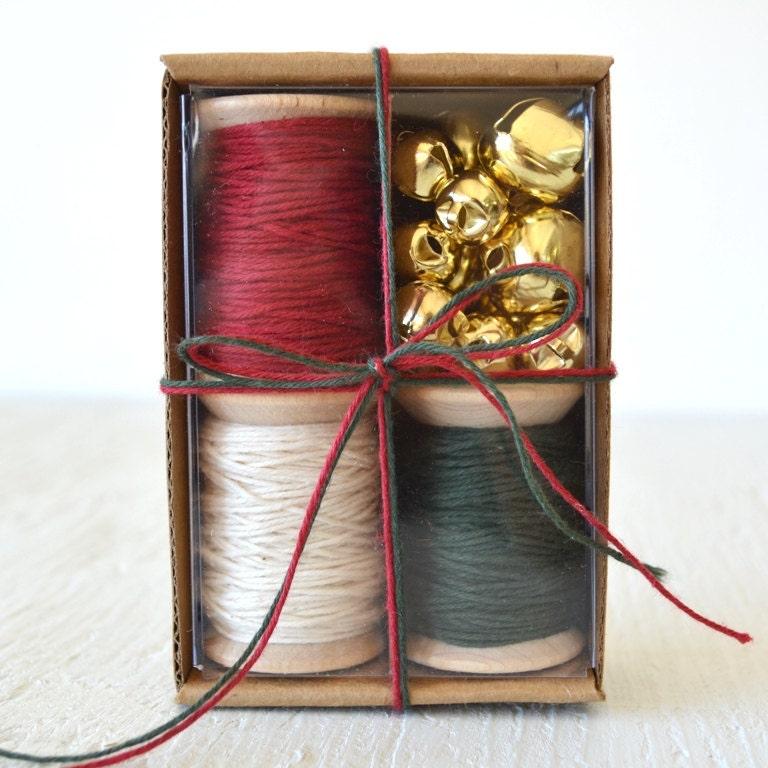 SALE Rustic Christmas Gift Wrap Kit GWK24