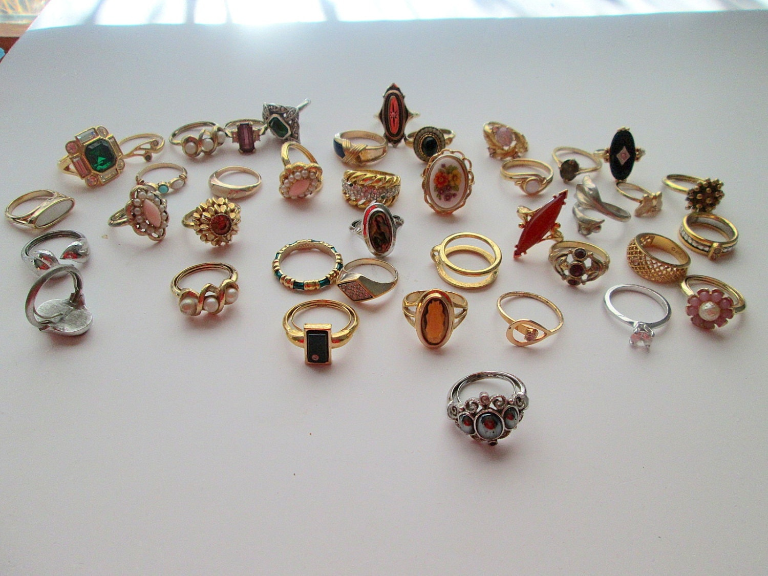 large lot vintage avon jewelry costume rings 40 pieces