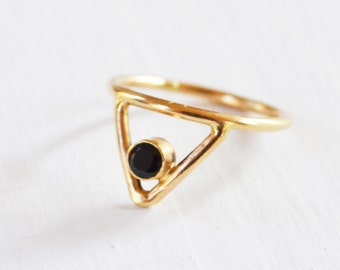 Venus Spike Ring, Black Gemstone Ring, Solid 14K Gold Ring, Gold Knuckle Ring, V Ring, Chevron Ring, Fine Jewelry