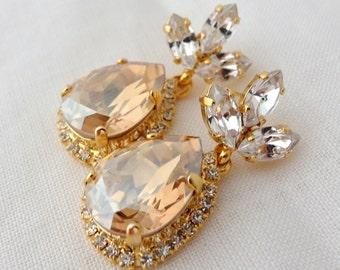 Champagne chandelier earrings, champagne bridal earrings, Drop earrings,  Champagne Dangle earrings, Bridesmaids jewelry, Swarovski earrings