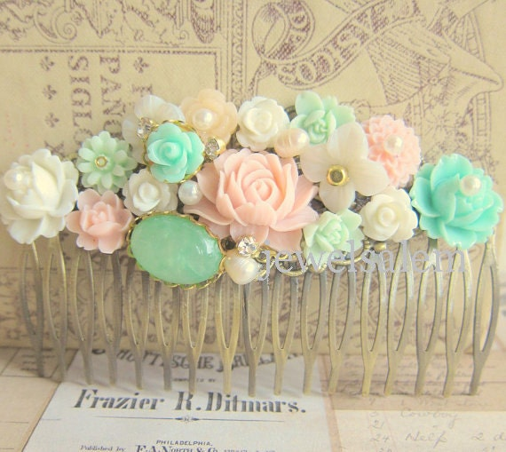 Pink Mint Green Hair Comb Pastel Colors Wedding Hair Comb Bridesmaid Hair Comb French Romance Secret Garden Spring Dream