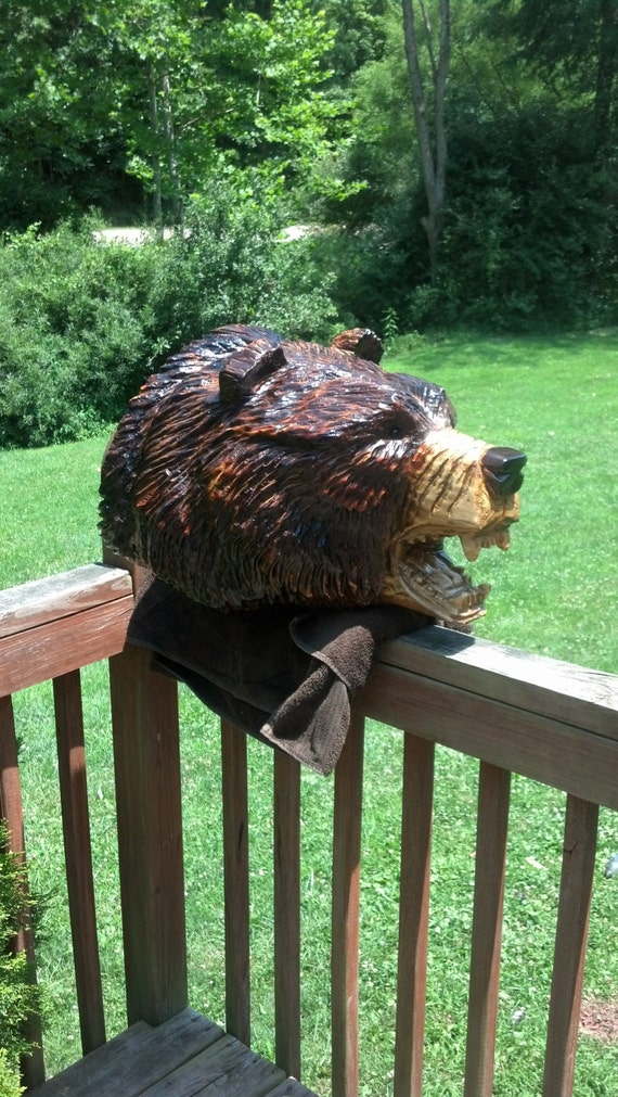 Chainsaw carving carved grizzly bear head mount