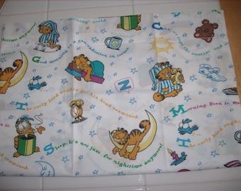 Garfield travel pillowcase