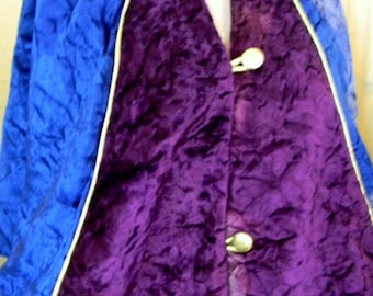 A Hand Crafted WiZaRD CApe Velvet with buttons