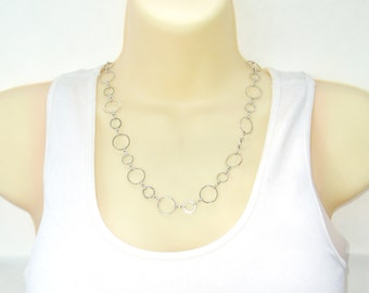 Silver Necklace - Classic Silver Round Metal Hoop Necklace