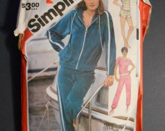 Simplicity 5931,  Sweatshirt, pants, jacket, shorts,  size 12,,14, 16