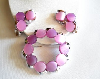 Lavender Lucite Circle Brooch and Earring Set Vintage