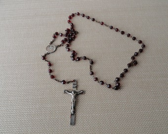 A165)  Vintage Red Faceted Glass Bead  Rosary