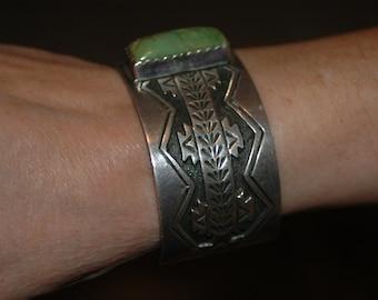 Beautiful Vintage Navajo Albert Payton Heavy Sterling King's Manassa Green Turquoise Bracelet 90 grams