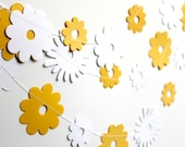 Summer garland, Yellow white paper garland, paper flower garland, nursery decor,  wedding decoration, baby shower party decor