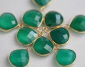 Green Onyx Faceted Heart Bezel Gemstone Vermeil Pendant, 18 x 15 mm GM2301FH/18/VP